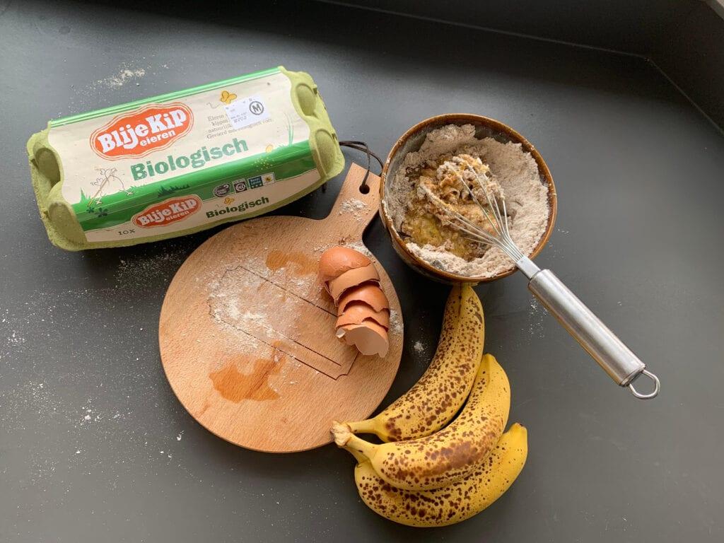 Gezond tussendoortje, bananenbrood recept, Blije Kip eieren