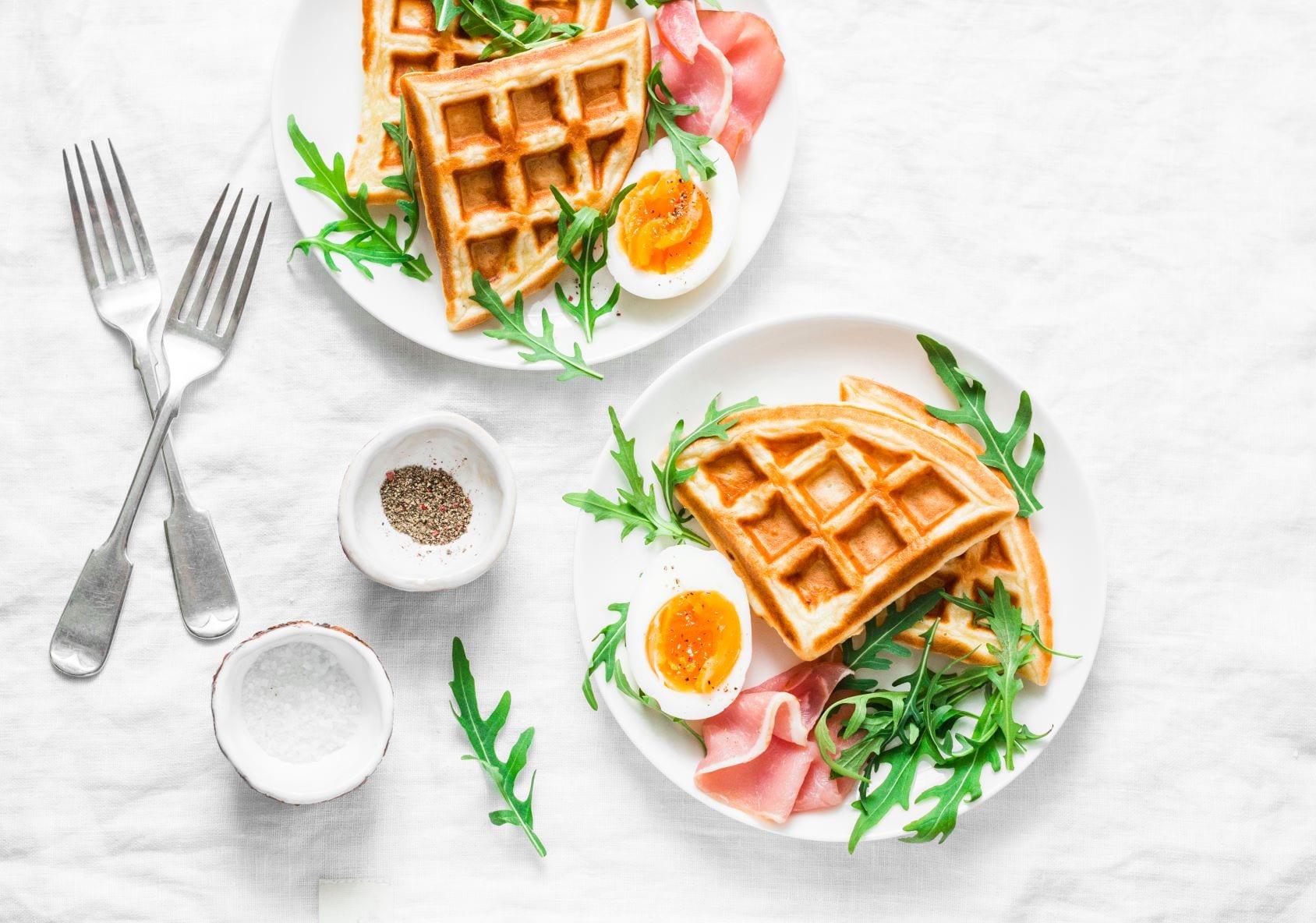 Hartige wafels met ei
